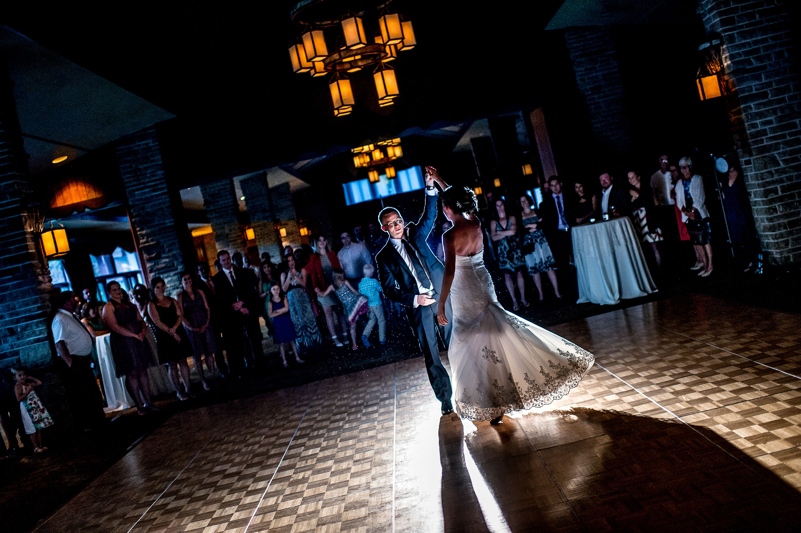 bride and groom at first dance by jasper wedding photographer