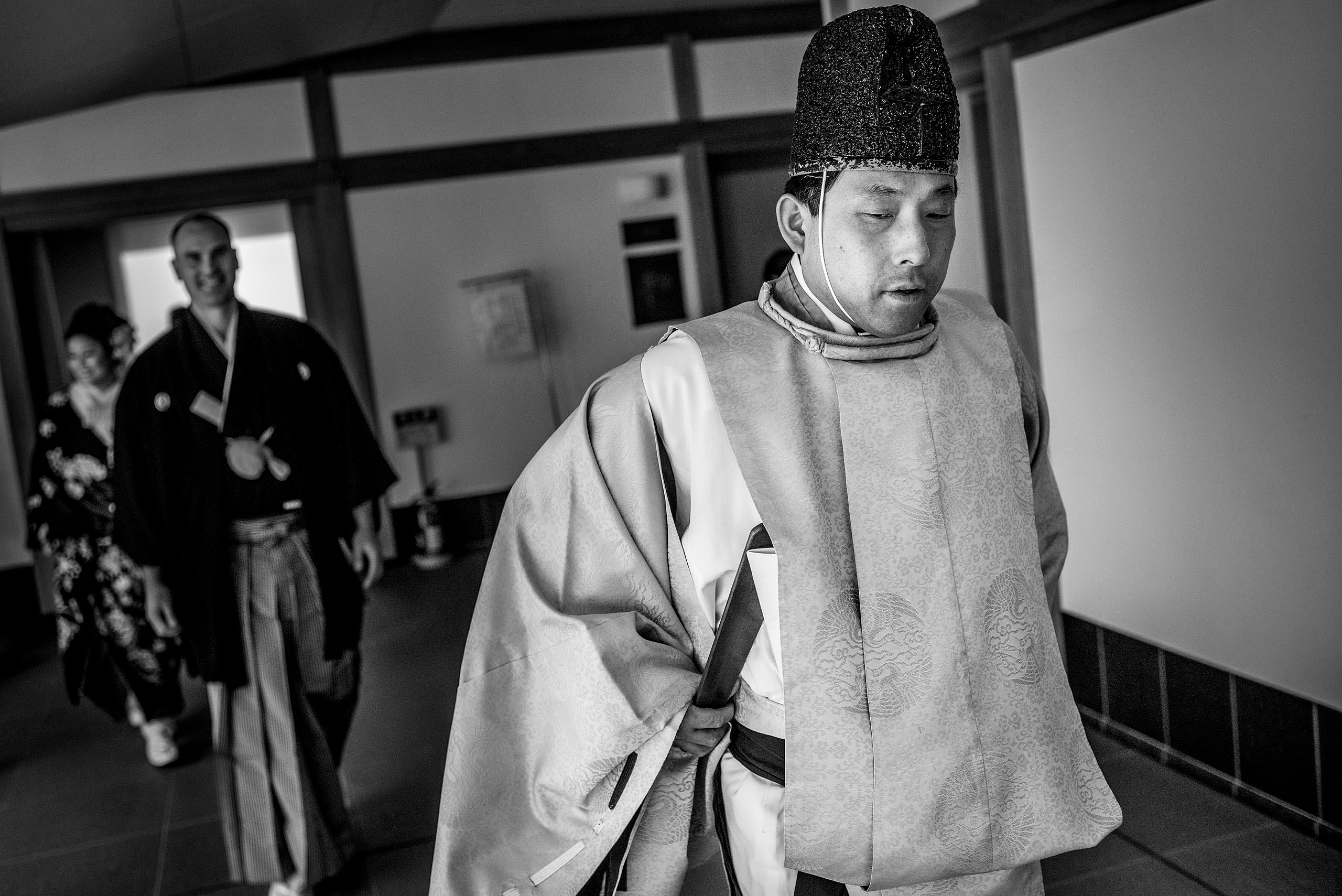 a man wearing traditional Japanese outfit by Japan Destination Wedding Photographer Sean LeBlanc